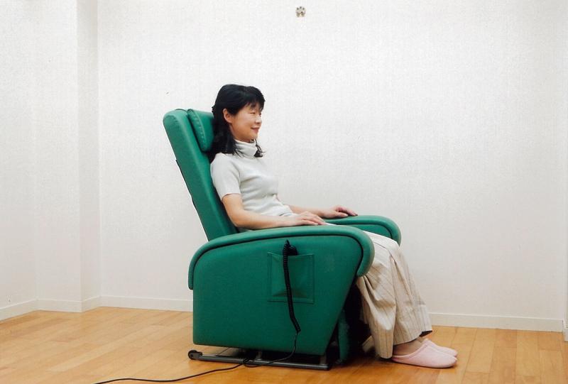 立上がり補助椅子 らくらくKC100